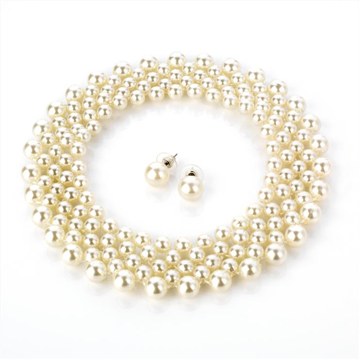Cream Faux Pearl Choker and Earring Set