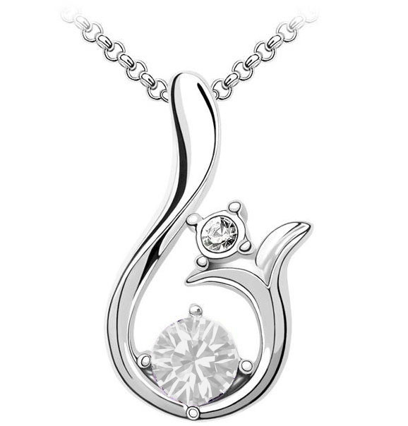 Curved Crystal Pendant Necklace Clear